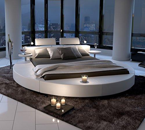 SAM® Polsterbett in weiß, Rundbett mit gepolstertem Kopfteil, Beleuchtung und zwei Nachttischablagen, Bettgestell auch als Wasserbett verwendbar, 160 x 200 cm [521476]